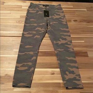 NWT Lucky & Blessed camo legging